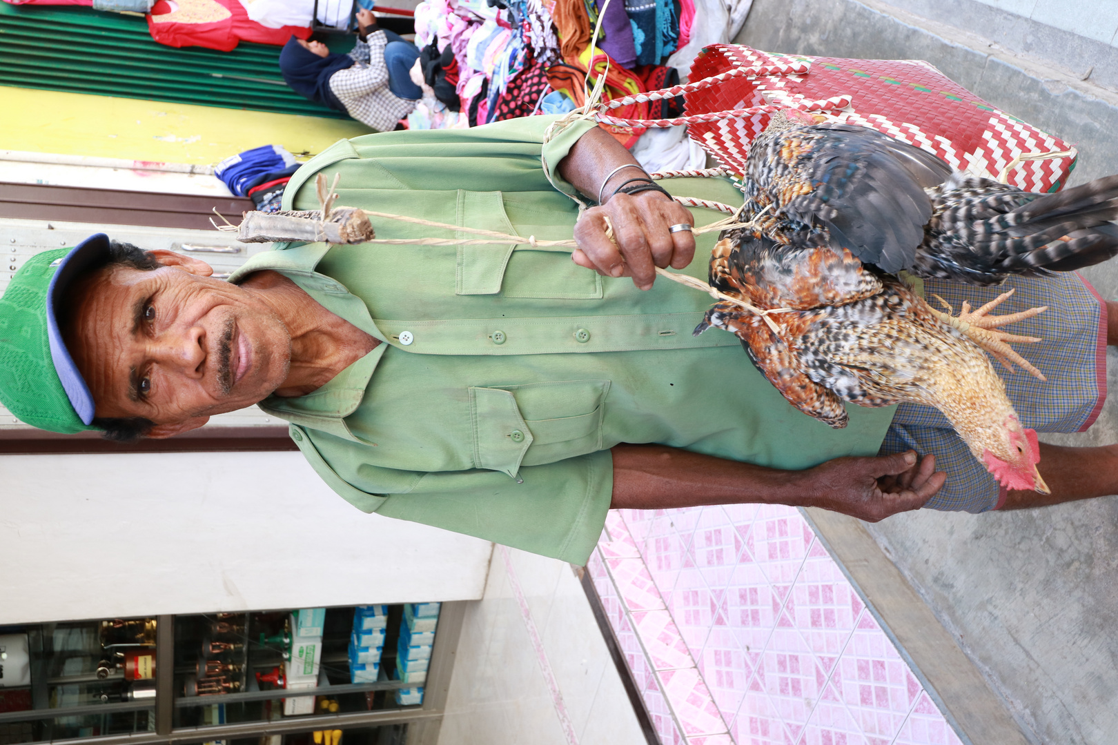 Chickenseller in Kupang