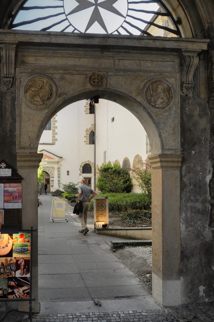 Chiesa Vergine Maria sotto la catena, Praga