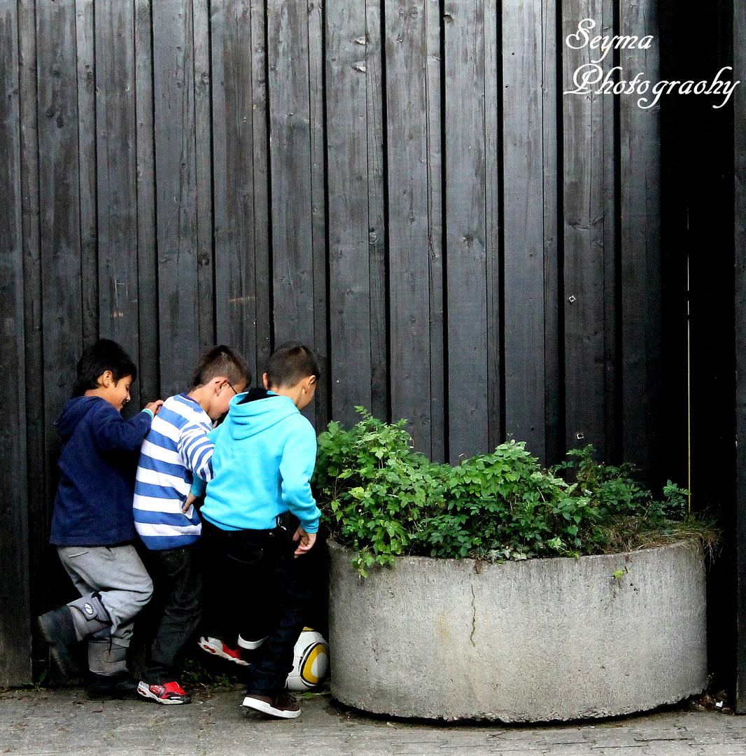 Children / Football