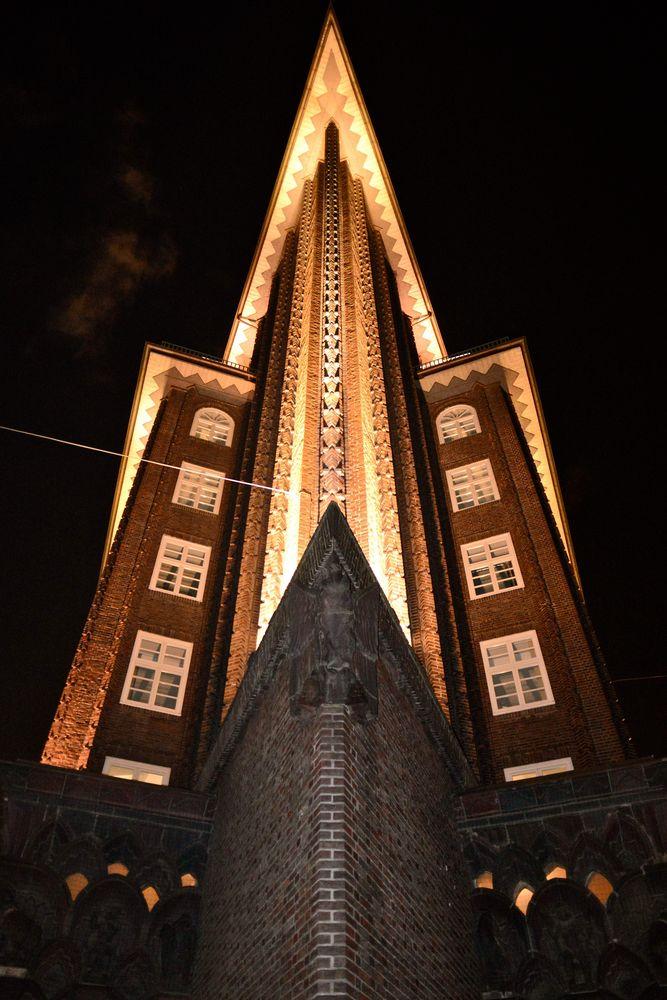Chilehaus bei Nacht