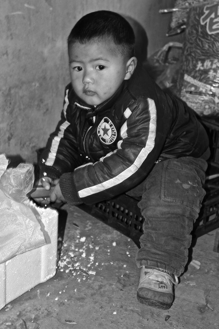 China: Das schlechte Gewissen oder das Spiel mit dem Messer