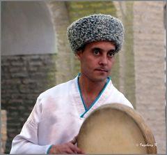 Chiva - Allakulichan-Medrese - Tamburin-Spieler