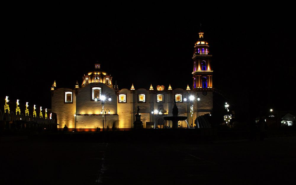 Cholula by night