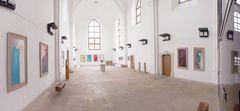 Chorraum (hier im Bild andere Ausstellung) - Petrikirche