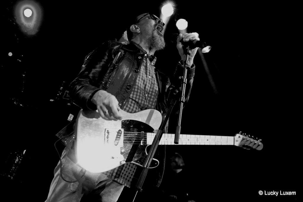 Chris Thompson (Manfred Mann's Earth Band )
