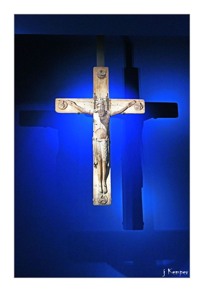 Christus vor Blau