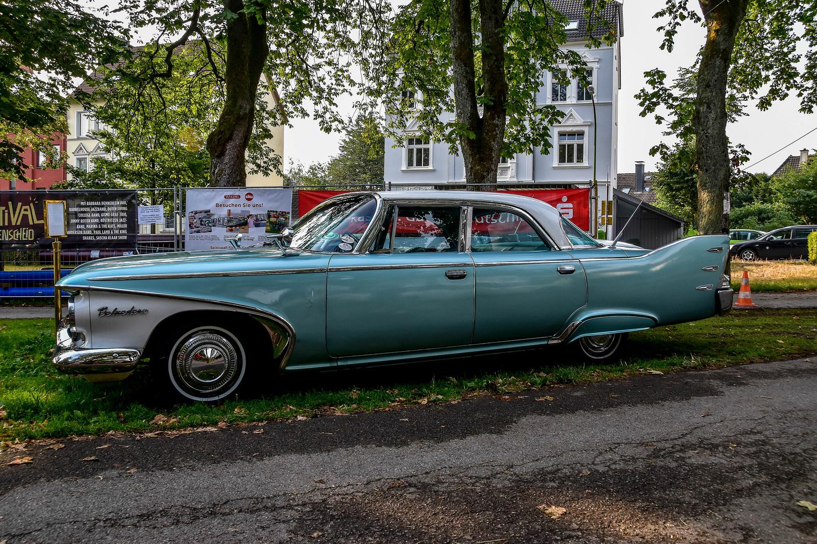 Chrysler Plymouth Belvedere / 4 door Sedan