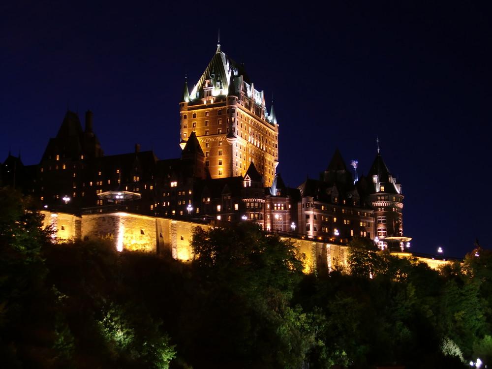 Château Frontenac bei Nacht