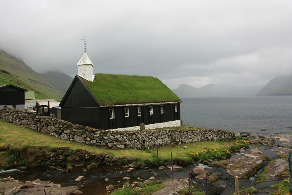 Church in Funningur
