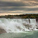 Chutes du Niagara un petit matin d'Octobre