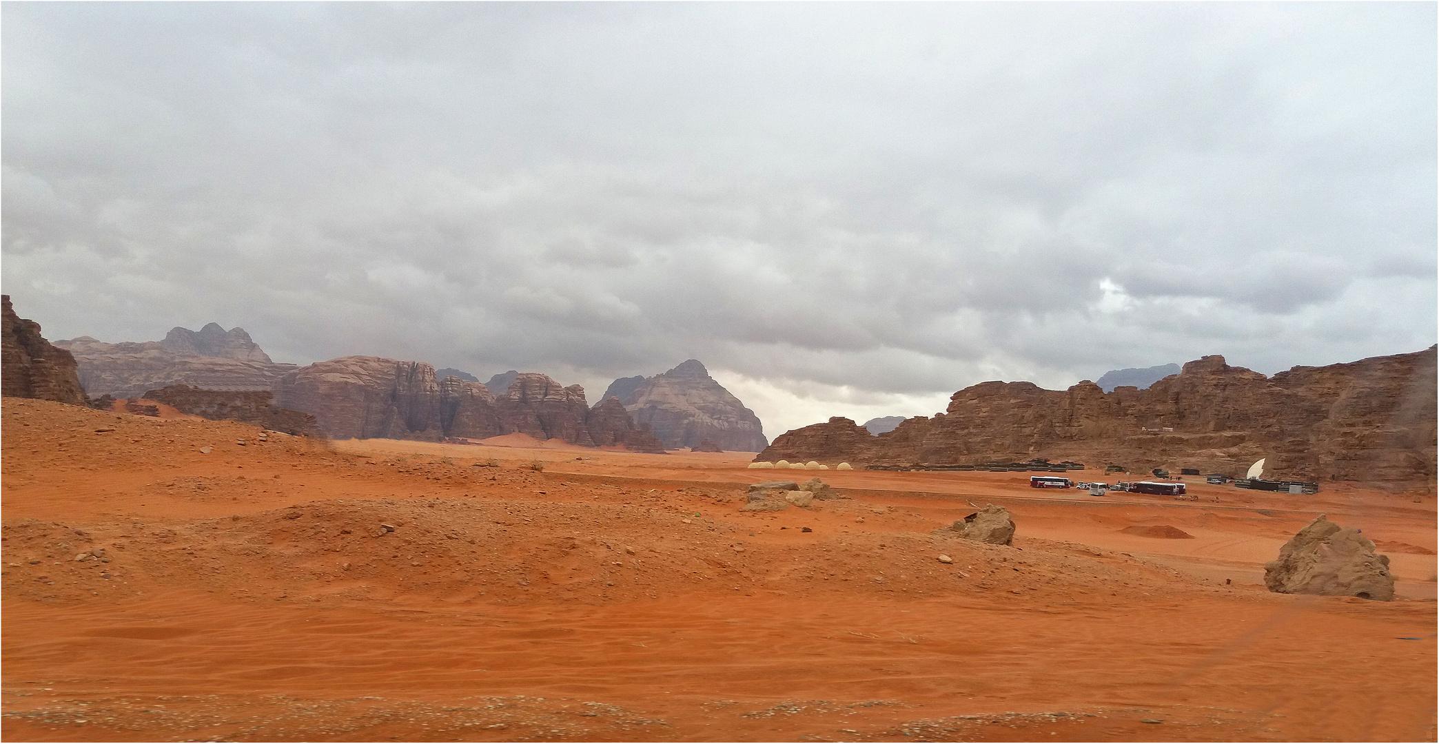 Ciel couvert au Wadi Rum