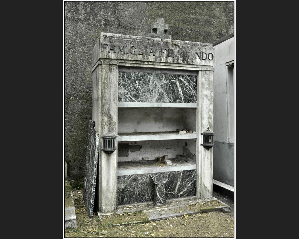 Cimitero monumentale di Staglieno II-VII