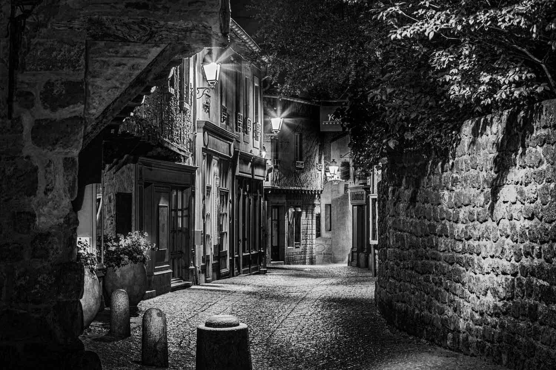 Cité de Carcassonne, Rue Saint-Louis
