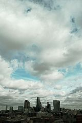 City Clouds (kein Sensorfleck über London)