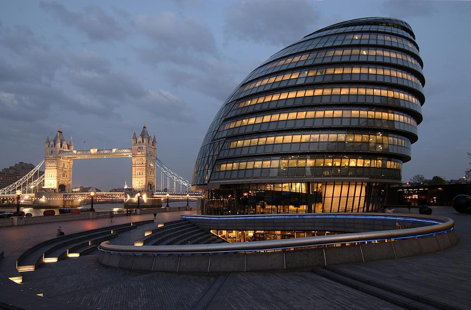 City Hall und Tower Bridge