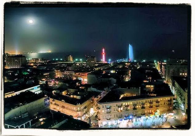 City moonlight