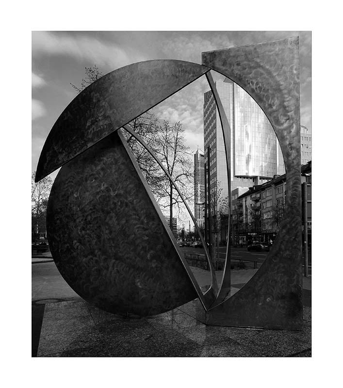 City Offenbach Folded D - Fletcher Benton 1996)
