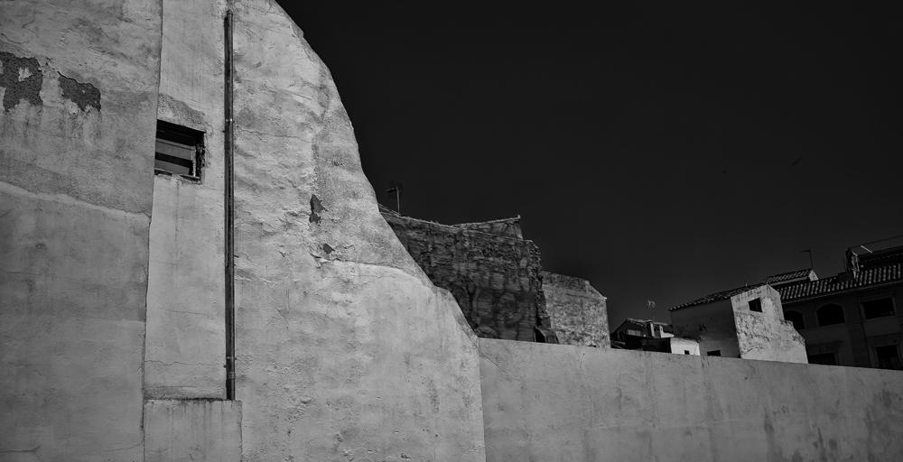 city.walls