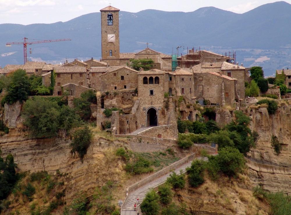 CIVITA di BAGNOREGGIO Foto % Immagini  paesaggi, formato panoramico ...