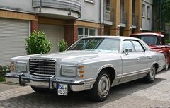 Classic Cars & Caravans 12