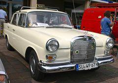 Classic Cars & Caravans 16