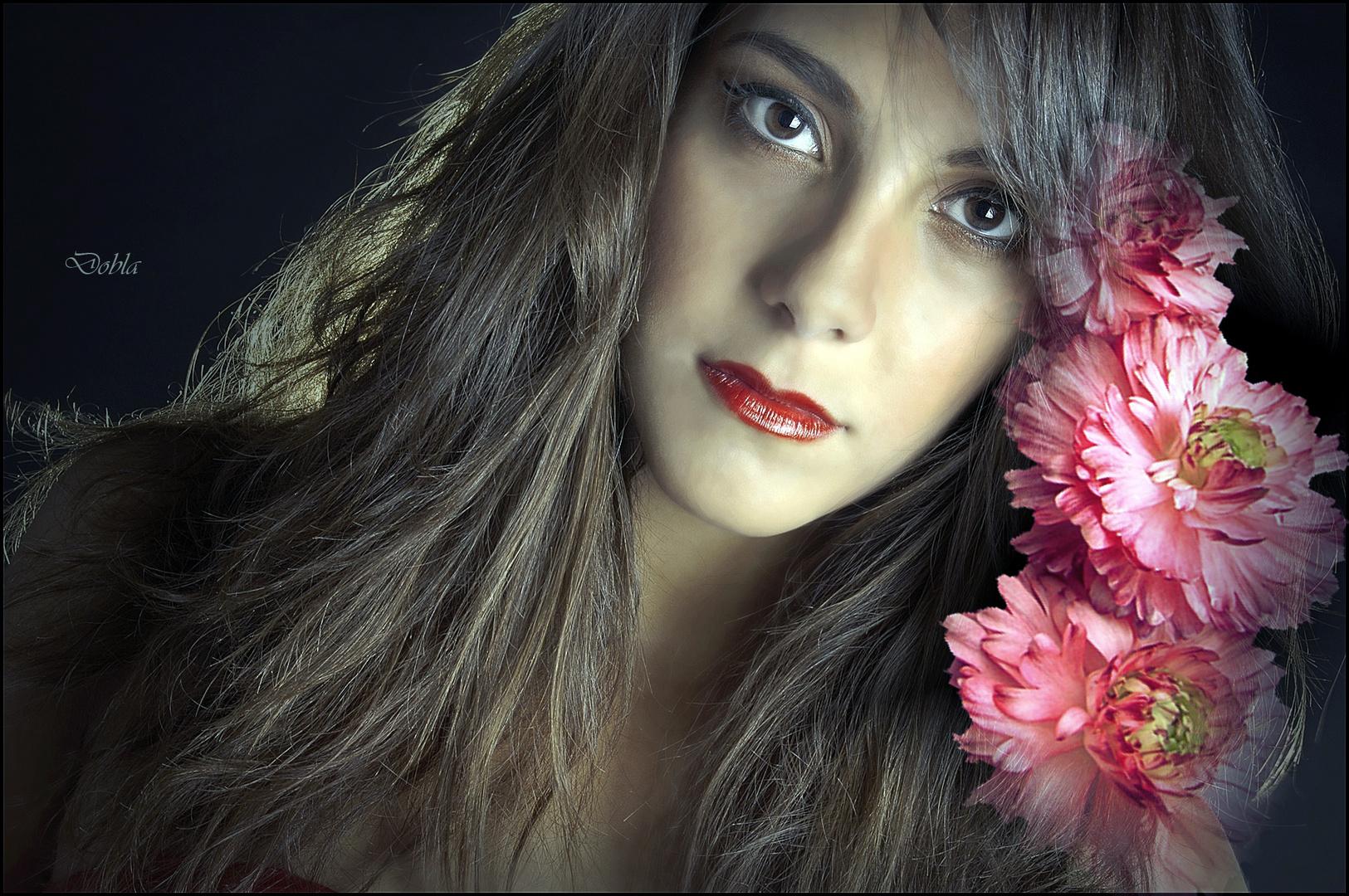 Claudia con flores de Bernardo Braccini