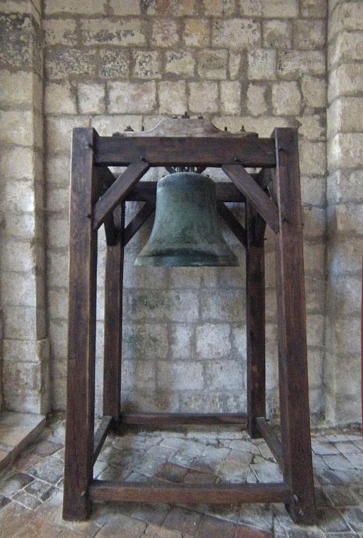 Cloche du XVIIème  -  Eglise St-Jacques