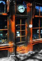 clockdoor