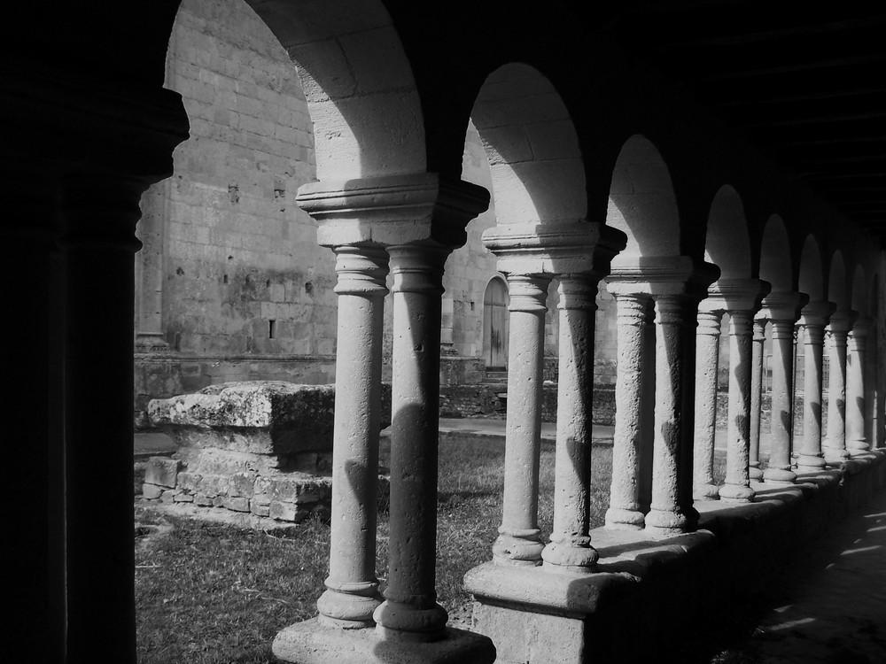 Cloître de St Macaire