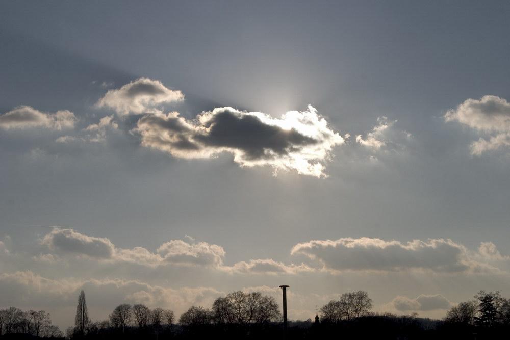 clouds clouds clouds...