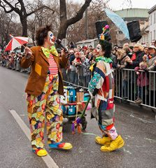 Clowns gehören zu jedem Fasching ...