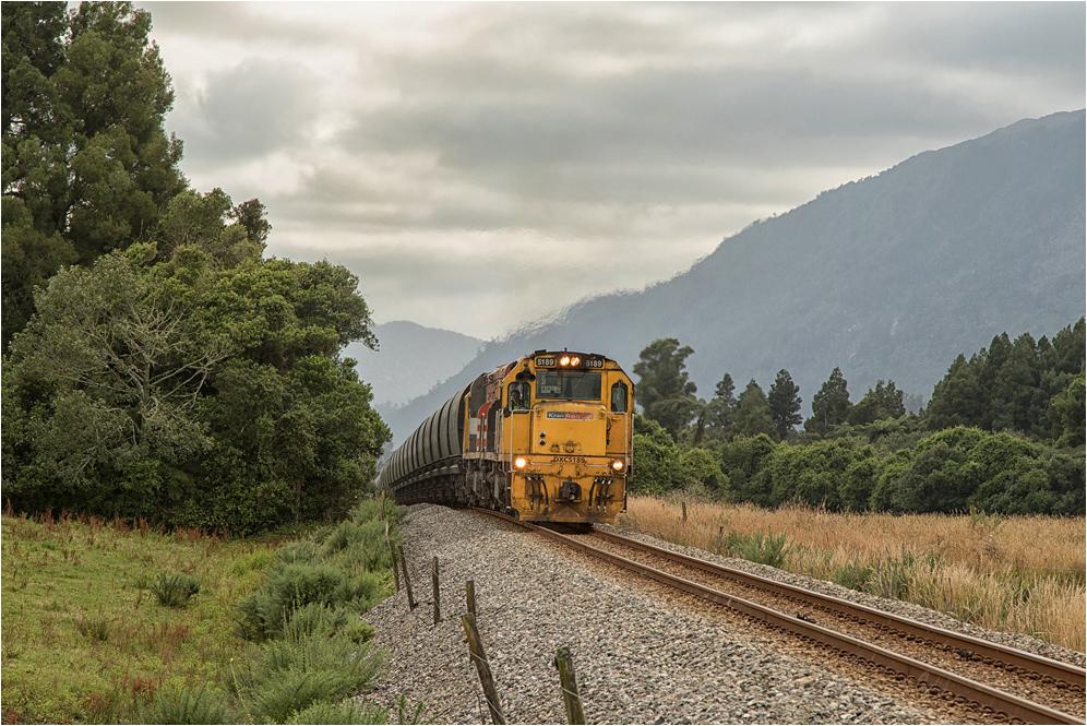 [ coal train ]