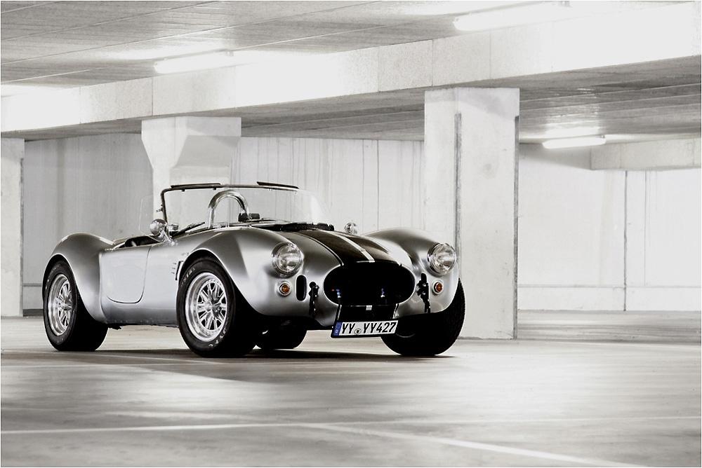 Cobra Im Parkhaus Foto Bild Autos Zweirader Sportwagen