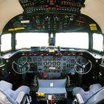 Cockpit DC 4