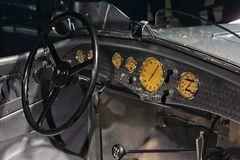 Cockpit eines BMW 328