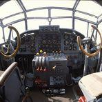Cockpit von der Tante JU