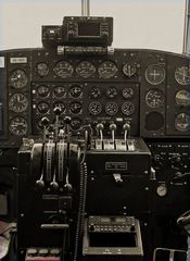 "Cockpitinstrumente der ""Tante"" JU-52"