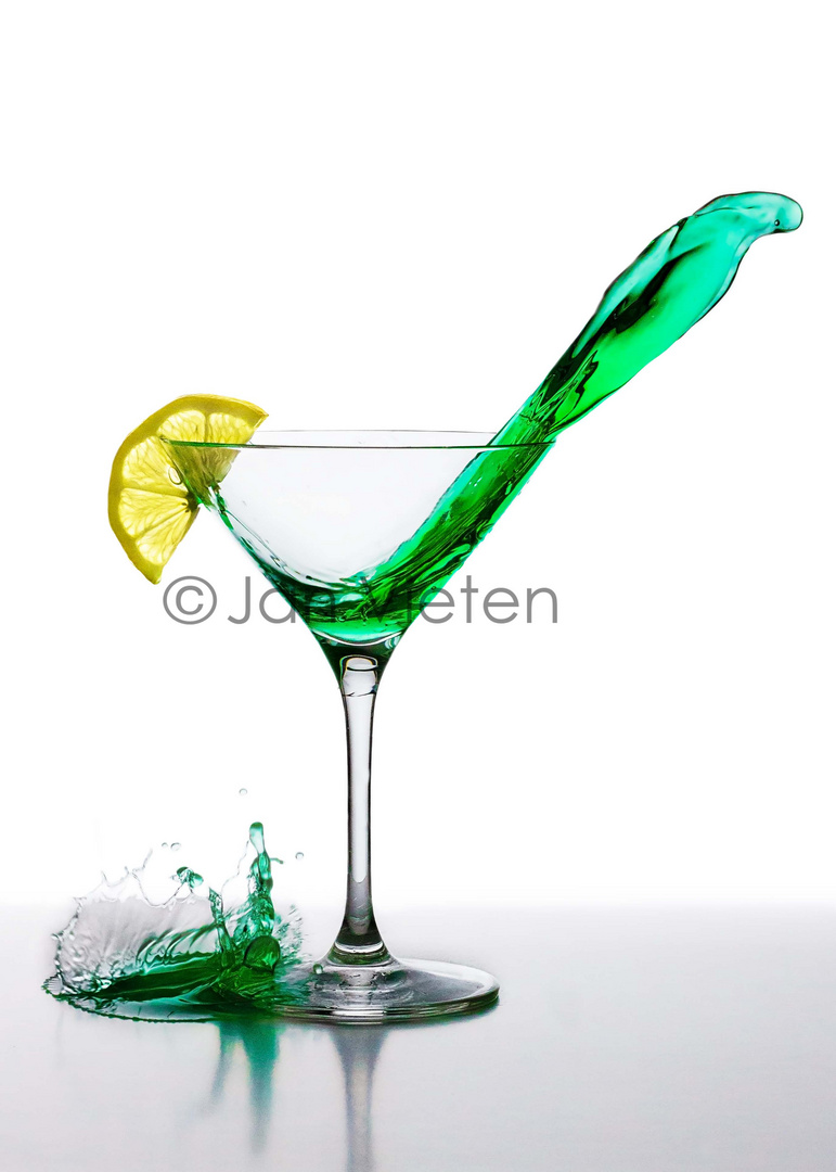 - Cocktail Cobra -