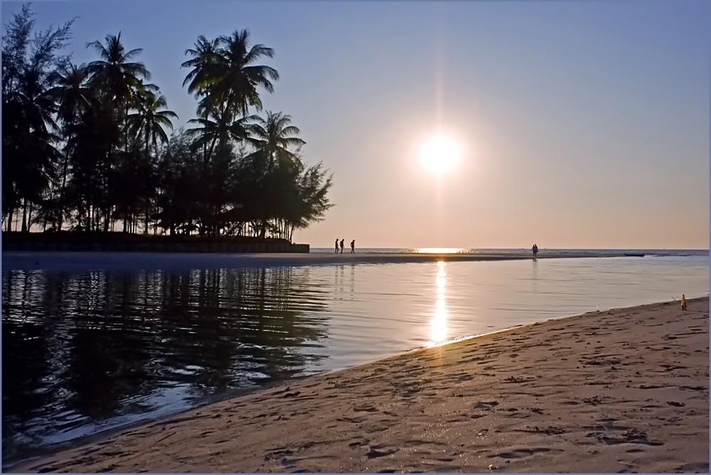 Coconut Beach Ko Chang.