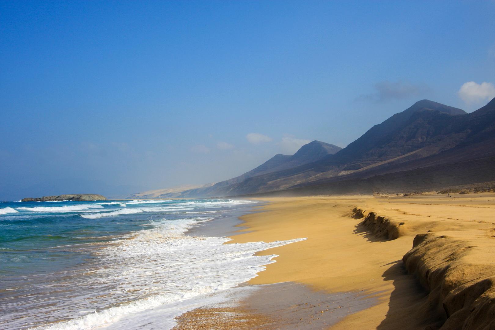 Todo lo que debes saber de la Playa Cofete en Fuerteventura