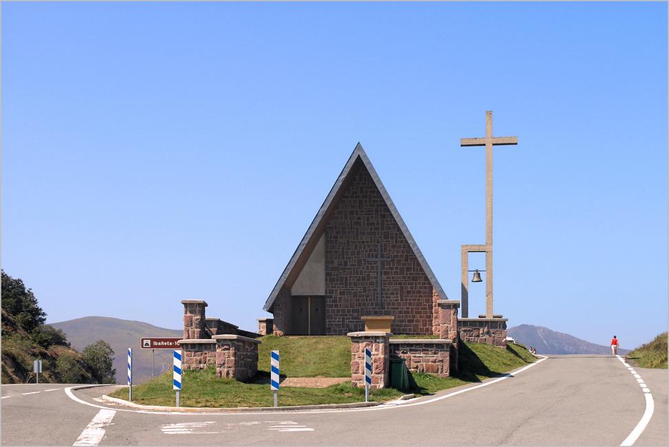 Col d'Ibanéta - Kirche und Kreuz