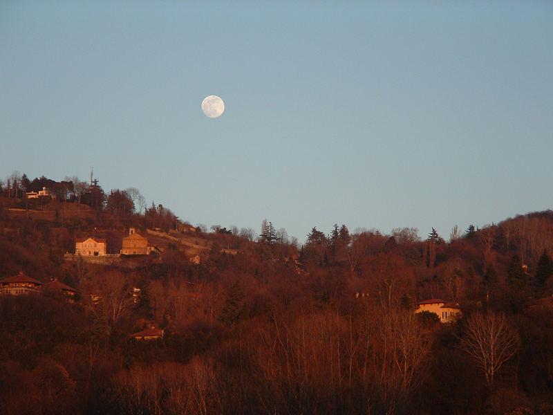 Collina con luna