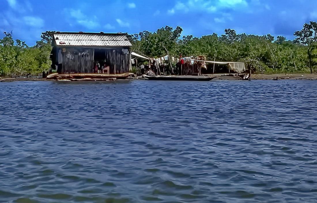 Colombia: Fischerhütte an der Karibikküste