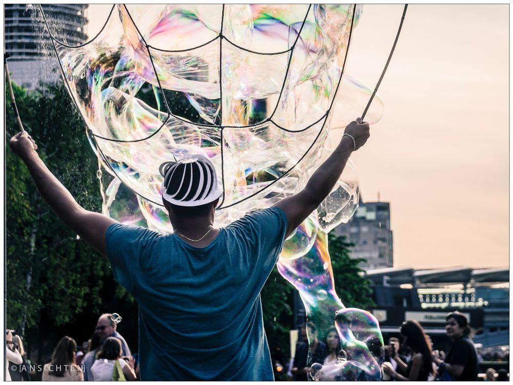 [color bubbles]