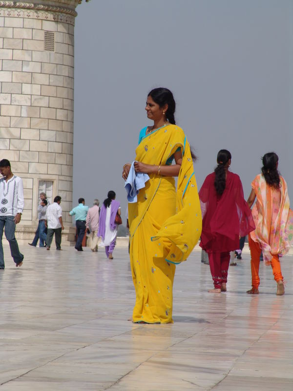 colored people at the tadj mahal
