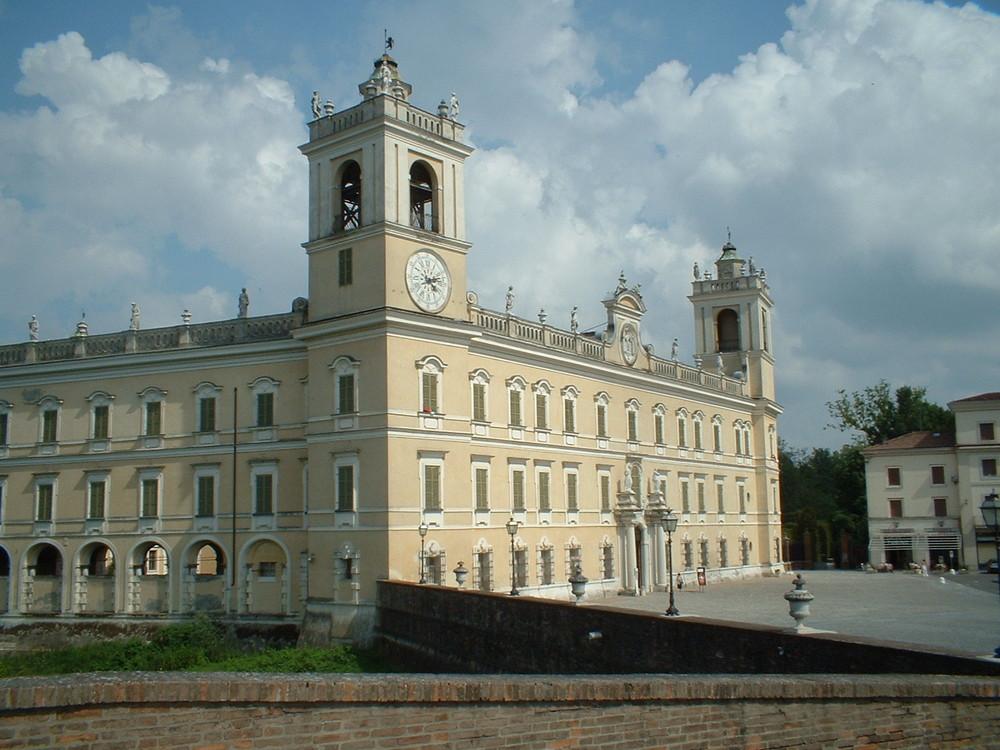 """Colorno (Parma): the Farnese """"Reggia"""""""