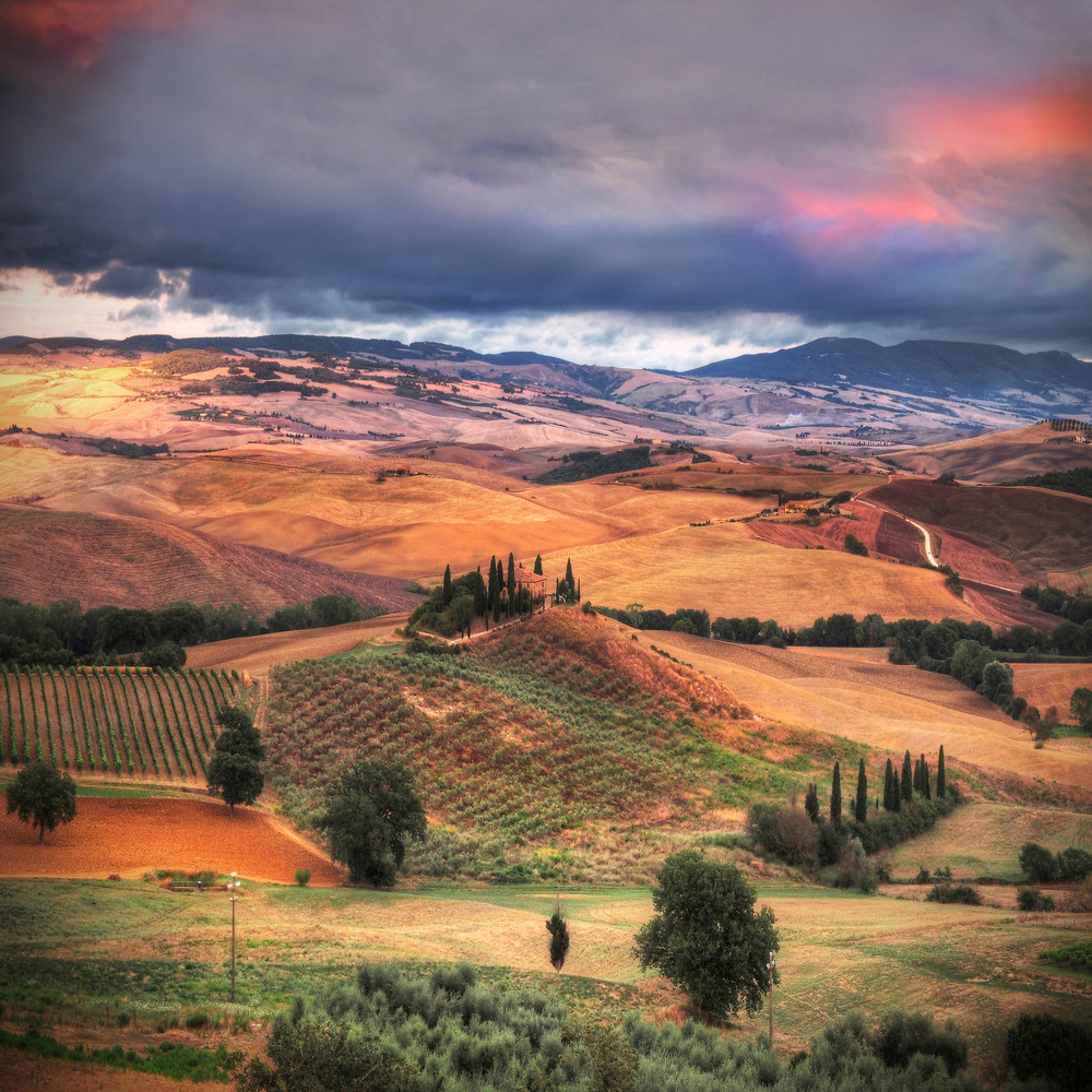 Colors and Tuscan charm..