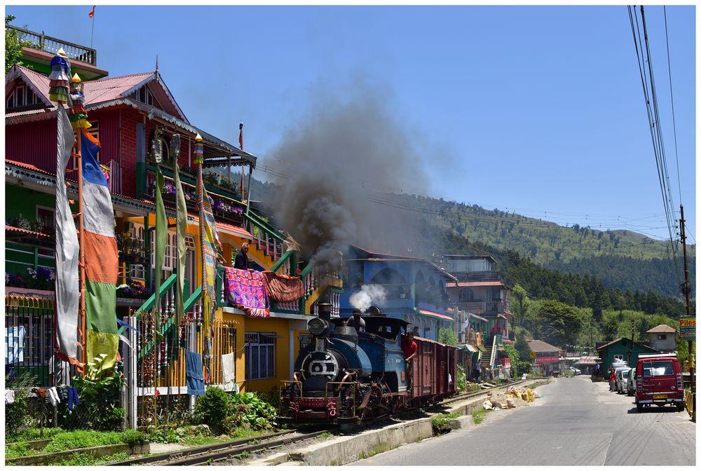 Colourful India - Zwischen Sonada und Ghum