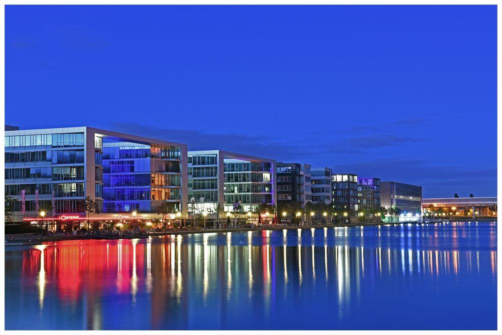 Colours of Duisburg 40 - Blaue Stunde