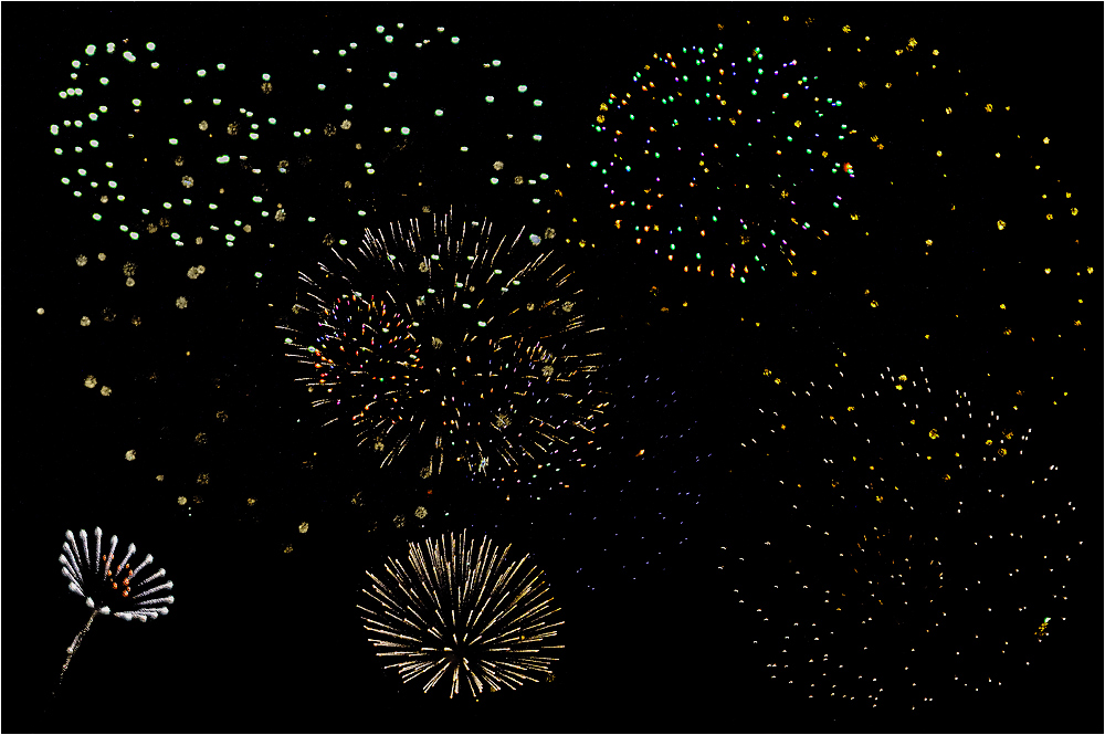COM: HAPPY NEW YEAR!